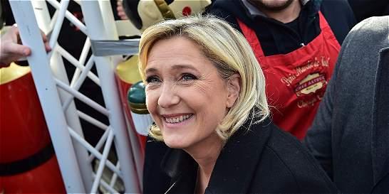 No más educación gratuita para extranjeros ilegales en Francia: Le Pen