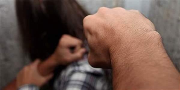 Polémico proyecto de ley busca despenalizar la violencia doméstica — Rusia