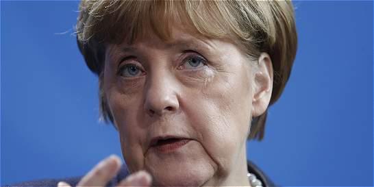 Angela Merkel dice que Europa tiene su destino en sus propias manos