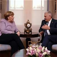Merkel expresa su preocupación por la libertad de prensa en Turquía