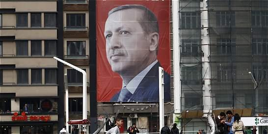 Turquía acusa a Europa de 'crímenes de guerra' por cobijar terroristas