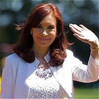 Presidenta de Argentina amadrina a la primera hija de lesbianas