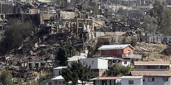 Son cuatro los colombianos damnificados en incendio de Valparaíso