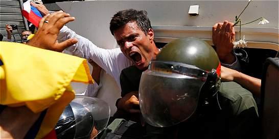 El opositor venezolano López enfrenta tercera audiencia en su juicio