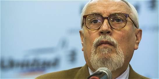 Renuncia de Aveledo marca el rediseño de oposición venezolana