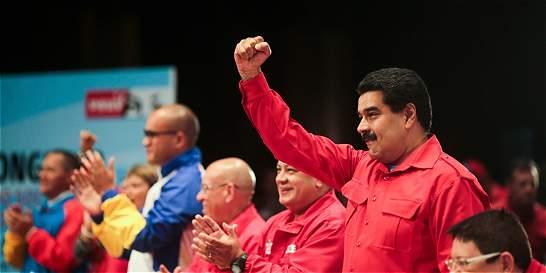 Nicolás Maduro no 'sacudió' la economía, pero sí su gabinete
