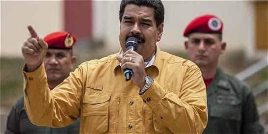 Maduro acusa a oposición de querer lanzar una 'guerra bacteriológica'