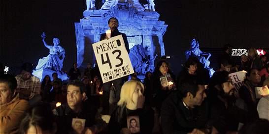 Implican a policías federales en desaparición de 43 estudiantes