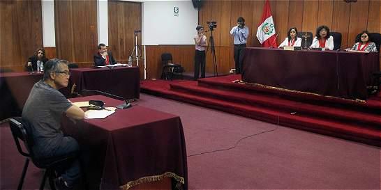 Tribunal peruano condena a ocho años de cárcel a Fujimori por peculado
