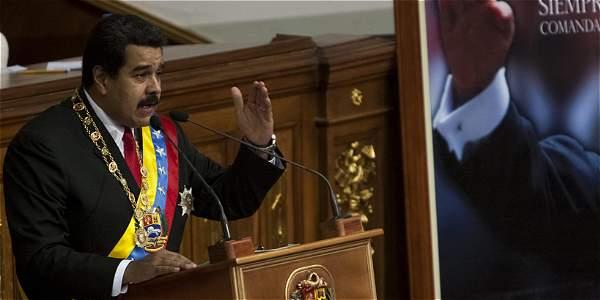 El presidente de Venezuela, Nicolás Maduro, en la Asamblea Nacional en la que rinde un balance de su gestión.