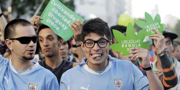 La legalización de la marihuana en Uruguay estuvo precedida por multitudinarias marchas de apoyo en Montevideo en el 2013.