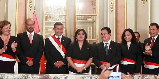 Renovación ministerial busca bajar ruido en el gobierno peruano