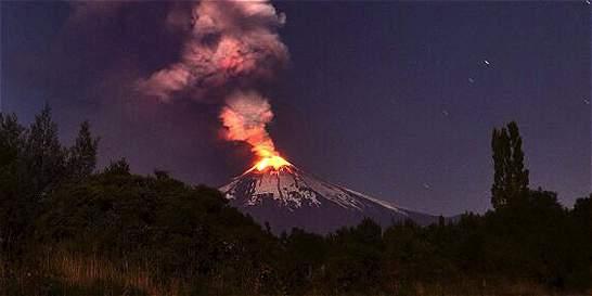 Alerta máxima en Chile por erupción de volcán Villarrica
