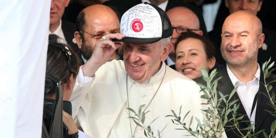 'La fe sin solidaridad es una fe muerta y mentirosa': Papa