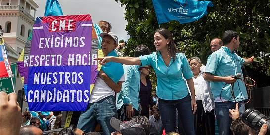 CNE bloquea aspiración de María Corina Machado a legislativas