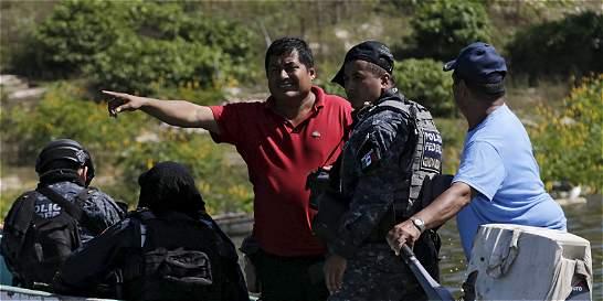 Asesinan a líder que buscaba 43 estudiantes desaparecidos en México
