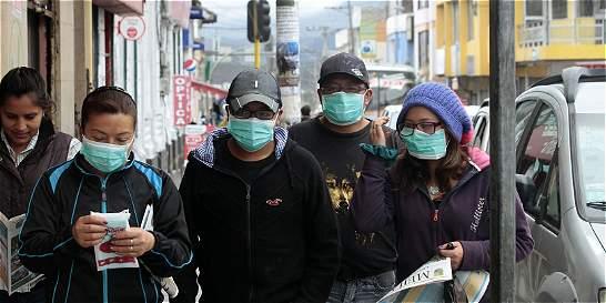 Ceniza volcánica eclipsó marchas en Ecuador contra Rafael Correa