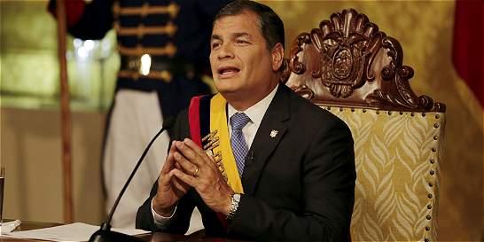 Correa anuncia 'torniquete' económico en la frontera con Colombia