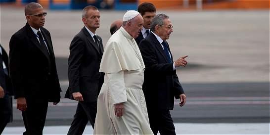 Francisco comenzó su viaje apostólico a Cuba pidiendo reconciliación