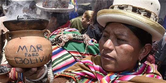 Evo llama a Chile al diálogo tras conocer fallo de la CIJ