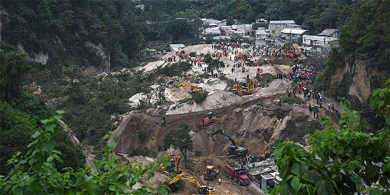 Deslizamiento en Guatemala: van 30 muertos y 600 desaparecidos