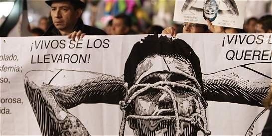 Estudiantes de Ayotzinapa no habrían sido asesinados en el mismo lugar