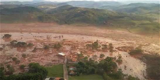Deslave con desechos mineros en  Brasil provoca enorme daño ambiental