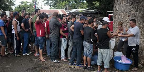 Centroamérica lanza alerta por masiva inmigración cubana