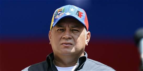 Diosdado Cabello critica a exembajador panameño que lo demandó
