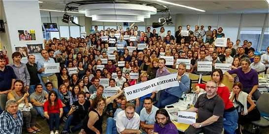 Periodistas del diario argentino 'La Nación' protestan por editorial