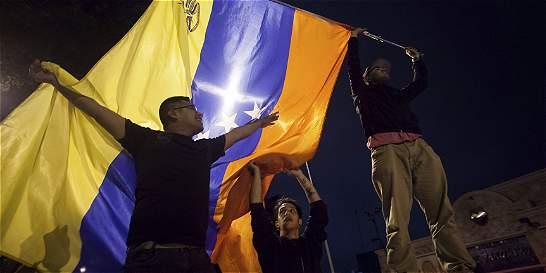 Oposición venezolana, cada vez más cerca de la mayoría de dos tercios