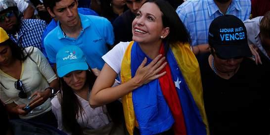 Después de la derrota, ¿Maduro se tiene que ir?