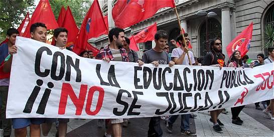 Chile abre inscripción de estudiantes en universidades gratuitas