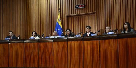 Tribunal venezolano admite impugnación contra opositores electos