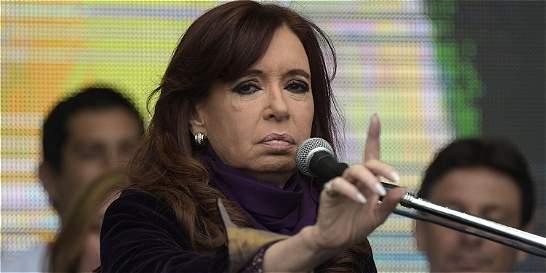 Críticas a Cristina Kirchner por ordenar bloqueo a presupuesto