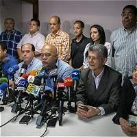 La oposición venezolana lucha por sus 112 diputados