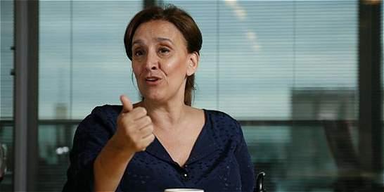 Vicepresidenta argentina cancela 2000 contratos firmados por antecesor