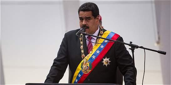 Maduro convoca empresarios para oír propuestas sobre crisis económica