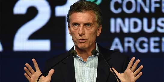 Mauricio Macri retira cuadros de Kirchner y Chávez de la Casa Rosada