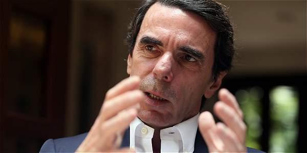 Durante mucho tiempo la oposición venezolana no fue oída en sus reclamos por los gobiernos latinoamericanos y europeos, ni por organizaciones como la OEA, sostiene Aznar.