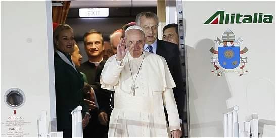 El papa Francisco llega a México para su esperada visita de cinco días