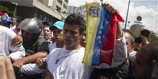 'Creo que le quedan horas a la dictadura': Leopoldo López
