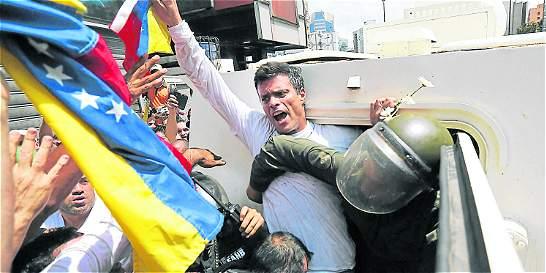 Leopoldo López describe su día a día en un diario clandestino