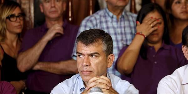 Perú, en vilo por suerte de dos aspirantes a la presidencia