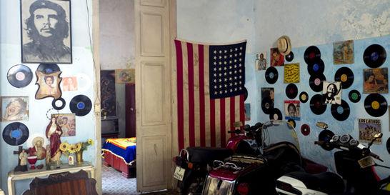 Entre esperanzas y dudas, los cubanos preparan el cambio