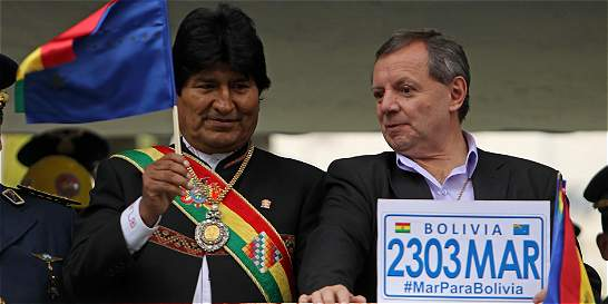 Evo anuncia que demandará a Chile por el uso de las aguas del Silala