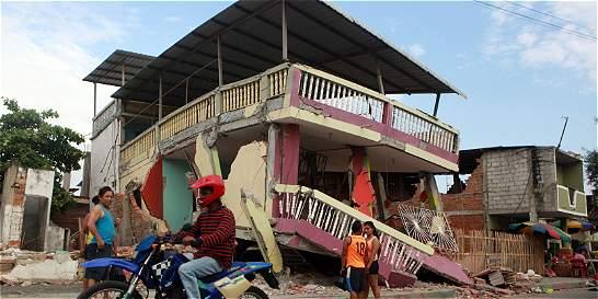 Ecuador declaró ocho días de luto nacional por terremoto