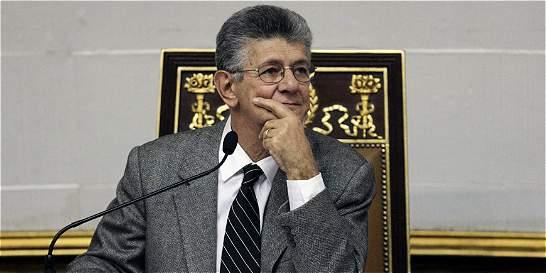 Enmienda de la Constitución no podrá recortar periodo de Maduro