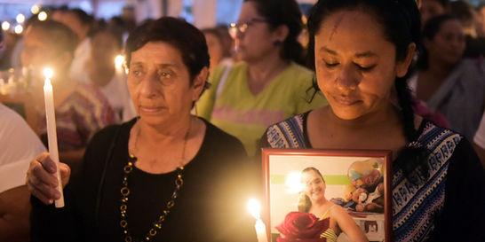 Entre réplicas, Ecuador intenta recuperarse del sismo del 16 de abril