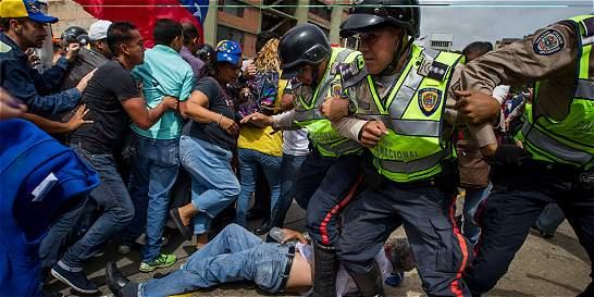 Condiciones de vida de venezolanos han caído dramáticamente, según ONG